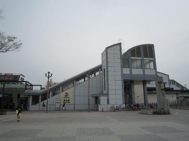 瀬谷北口駅舎